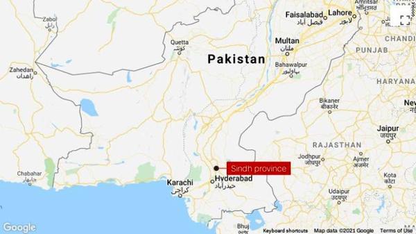 ۸۰ کشته و زخمی بر اثر تصادف ۲ قطار در پاکستان
