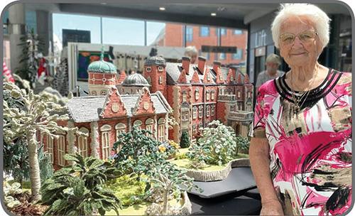ماکتهای بافتنی مادربزرگ ۹۲ ساله