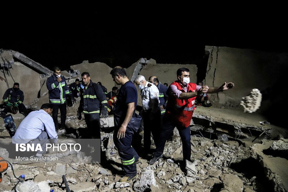 ریزش آوار یک ساختمان در فرهنگ شهر اهواز