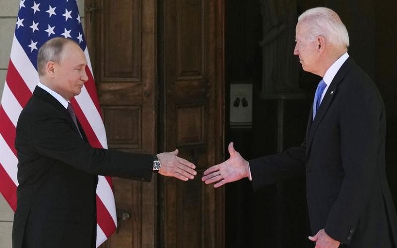 gifts Biden Putin