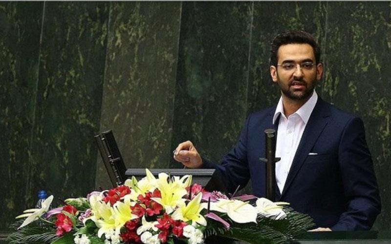 آذری جهرمی نتوانست مجلس را قانع کند