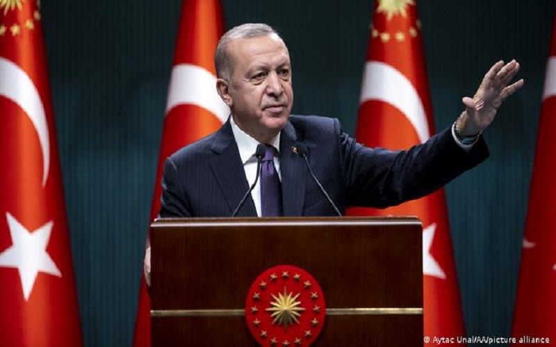 اردوغان: به حضور در لیبی، آذربایجان، سوریه و مدیترانه شرقی ادامه می دهیم