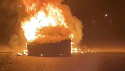 خودروی جدید تسلا آتش گرفت