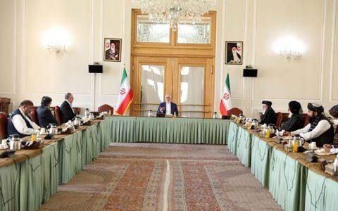 ظریف: هرچه زودتر جنگ را در افغانستان پایان دهید