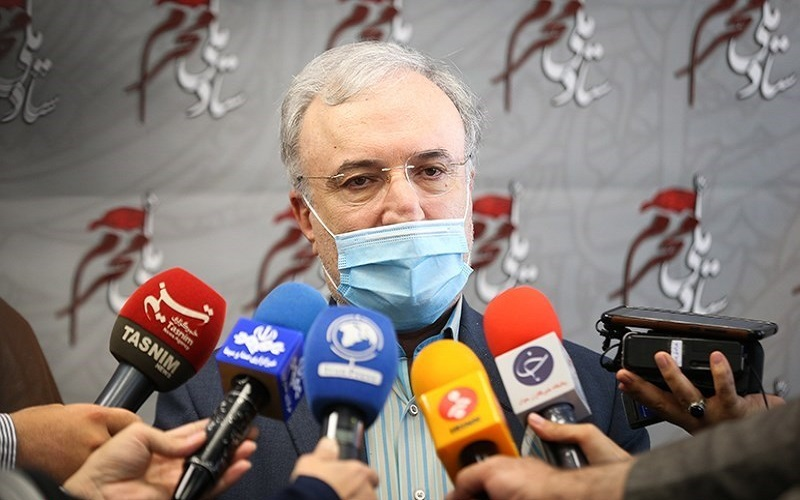 وعدههای وزیر بهداشت باز هم محقق نشد؛ تزریق واکسن کرونا کمتر از نصف رقم اعلامی
