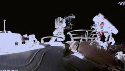 پیاده روی فضانوردان چینی در مدار زمین