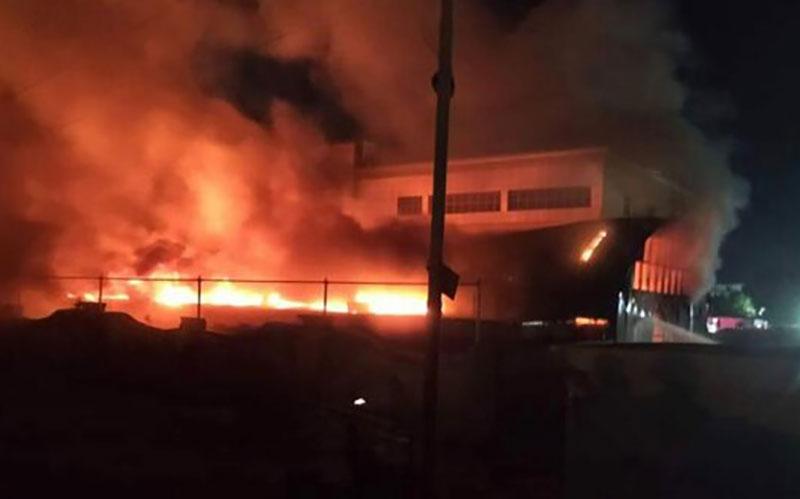 ۷۵ کشته در آتش سوزی بیمارستان ذیقار