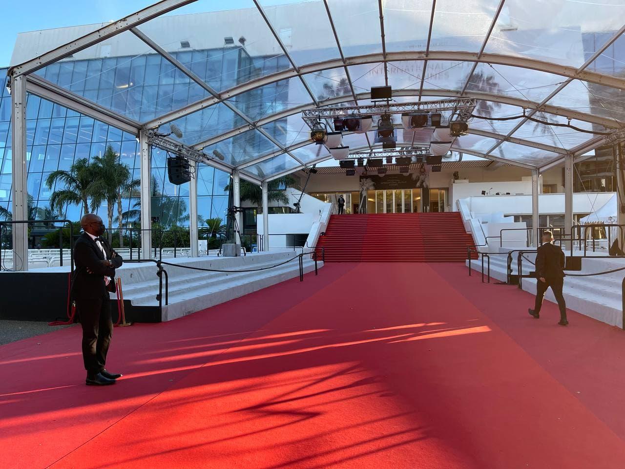در حاشیه جشنواره فیلم کن / عکس
