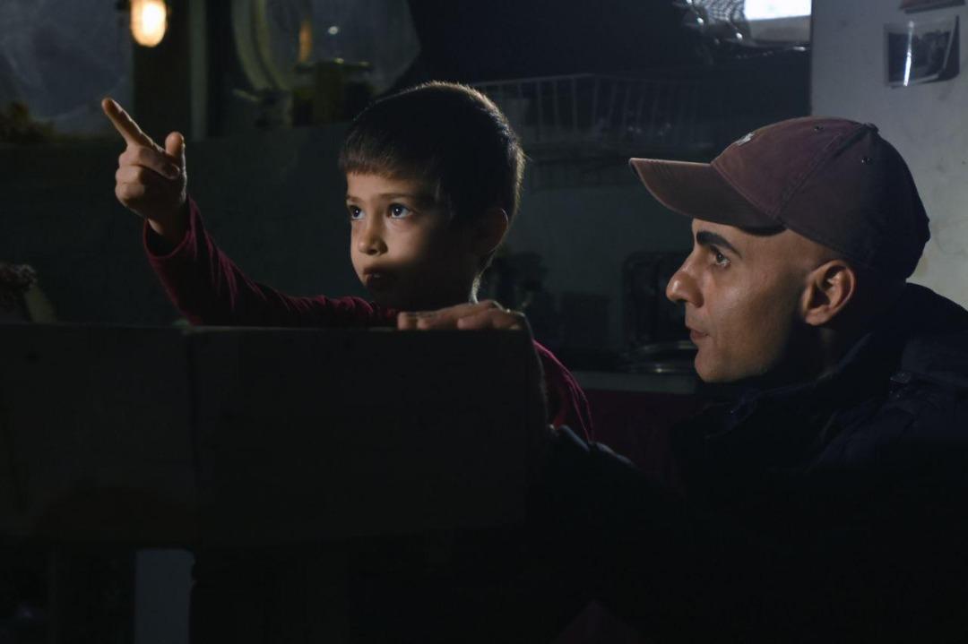 «مهاجر کوچولو» قصه کودک سوری را روایت میکند/ عکس