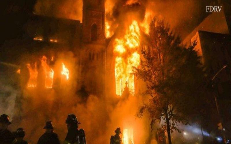 المانیتور: چرا مشاهیر ایرانی از سیاست فاصله گرفتند/ اسپوتنیک: انفجار بزرگ تهران را لرزاند/ اوراسیاریویو: ابراهیم رئیسی چگونه میتواند اوضاع افغانستان را بدتر کند/ الشرق الاوسط: شبکه ریلی ایران با حمله هکرها روبرو شد