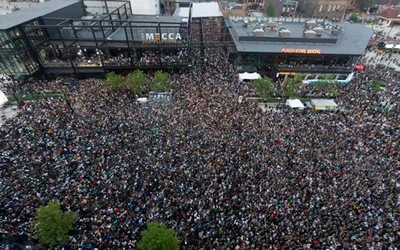 ابتلای ۵۰۰ نفر به کرونا در جشن قهرمانی NBA