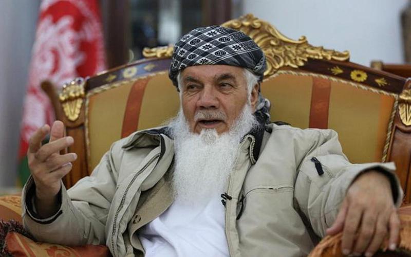 اسماعیل خان رهبر جهادی مخالف طالبان وارد ایران شد