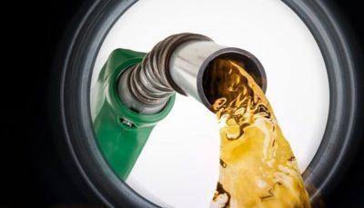 افزایش قیمت بنزین در آمریکا به دنبال طوفان ایدا