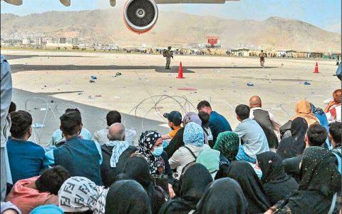 درهای غرب به روی افغانها بسته میشود
