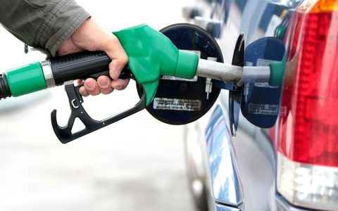 سهمیه بنزین شهریورماه امشب یکشنبه واریز میشود