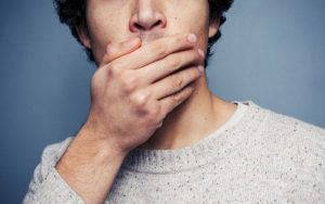 علائمی در دهان که نشانه بیماریهای خطرناک هستند