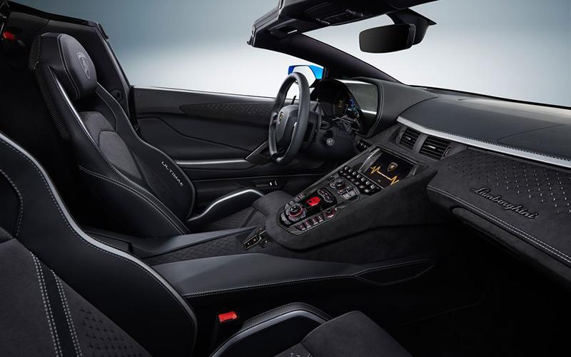 ابر خودروی لامبورگینی برای سال ۲۰۲۲ با چه آپشنهایی به بازار راه پیدا میکند؟