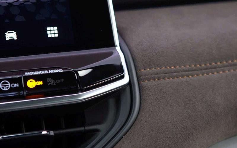 جیپ کامندر ۲۰۲۲ با طراحی جدید و ظرفیت هفت سرنشین معرفی شد