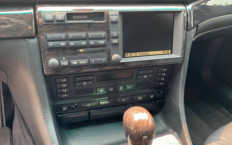 آلپینا B12؛ تحفه 12 سیلندر تولید محدود از سال 1998 میلادی/عکس