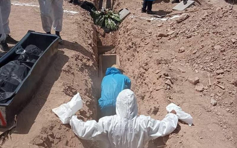 گورهای دستهجمعی فوتیهای کرونا در کرمان/ تصاویر