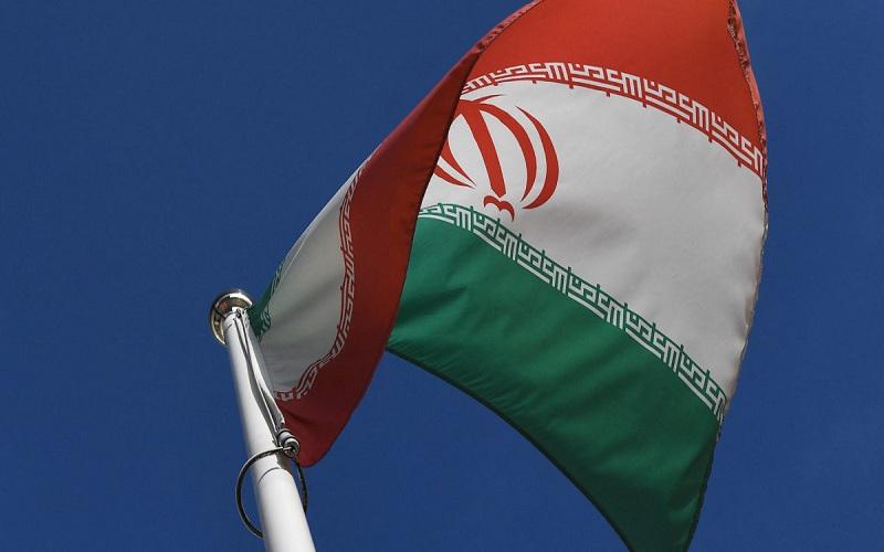 دِ هیل: عصبانیت ایرانیان بابت تاخیر در واکسیناسیون افزایش پیدا کرده است