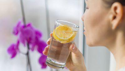 اگر زیاد آب بخوریم چه اتفاقی در بدنمان میافتد؟