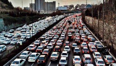 ترافیک سنگین در محورهای ورودی به تهران