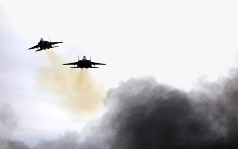 حمله هواپیماهای ناشناس به پایگاهی در مرز عراق و سوریه