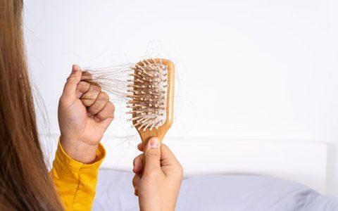 دلایل رایج نازک شدن ناگهانی موی سر