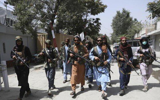 قیمت فروش پسران و دختران در دوره طالبان!
