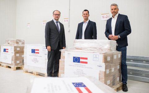 محموله واکسن اهدایی اتریش در راه تهران