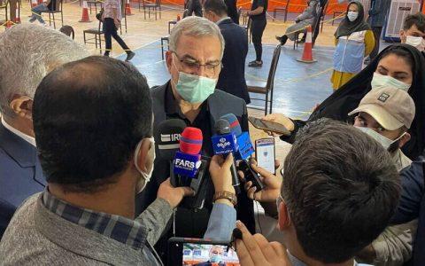وزیر بهداشت: مردم به شایعات درباره واکسن توجه نکنند و تزریق کنند