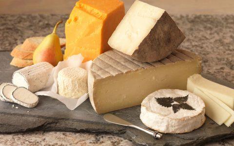 کدام نوع پنیر سالمتر است؟