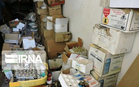 کشف ۴۱۴ هزار قلم انواع داروهای احتکار شده در تهران