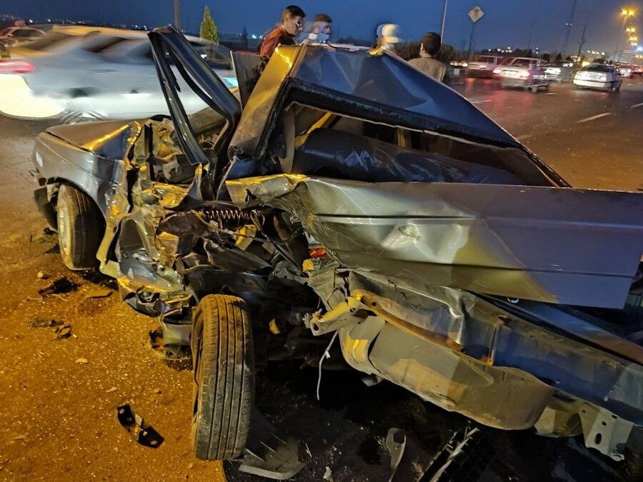 تصادف وحشتناک در جاده ورامین و نجات معجزهآسای سرنشینان/ عکس