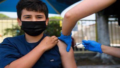 امکان مراجعه دانشآموزان به پایگاههای اختصاصی واکسیناسیون در تهران طی امروز و فردا