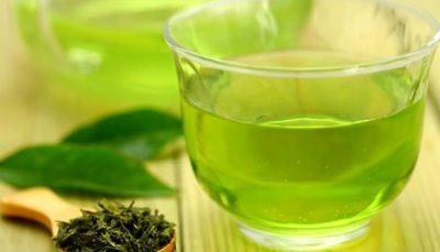 با چای سبز بهترین دهان شویه را تهیه کنید