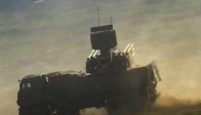 سامانه دفاع هوایی حمیمیم پهپاد تروریستها را هدف قرار داد