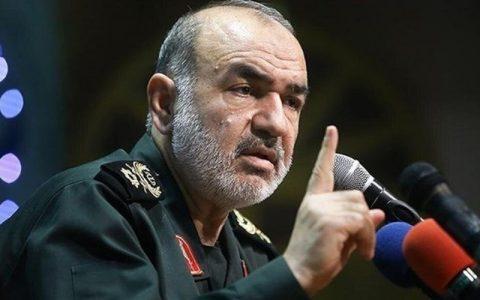 فرمانده کل سپاه: بسیج خطشکن است و مرزهای جدید را تغییر میدهد