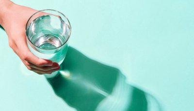 هرگز ایستاده آب نخورید