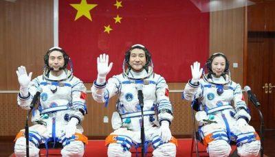 چین ۳ فضانورد دیگر را به فضا فرستاد